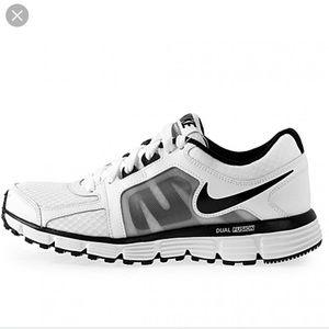 Nike Dual Fusion ST2